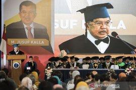 Jusuf Kalla terima gelar Doktor HC