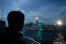 Mahfud MD pastikan kapal China sudah di luar ZEE Indonesia