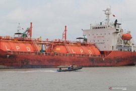 Logistik-distribusi jalur inti bisnis Pertamina