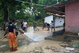 Banjir di Kalijaga Kota Cirebon sudah surut dan warga kembali ke rumah