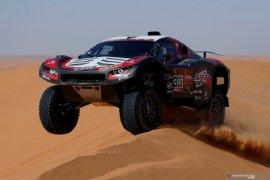 Mathieu Serradori dari tim SRT Racing juara etape VIII Dakar 2020