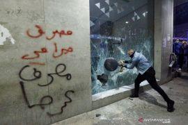 Aksi protes damai berubah jadi kerusuhan di Lebanon
