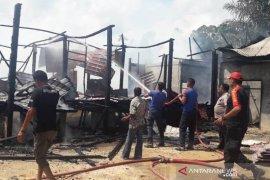 Rumah guru SD terbakar di Aceh Timur