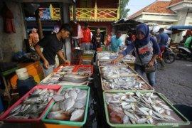 Stok ikan laut di Magetan minim, harga ikut naik