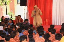 Wali Kota Surabaya beri pengarahan ratusan pelajar dan  guru SD