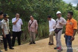 Pemkab Kutim minta perusahaan perbaiki kerusakan jalan