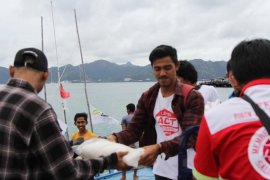 Paket  pangan ACT tiba di pulau perbatasan NKRI