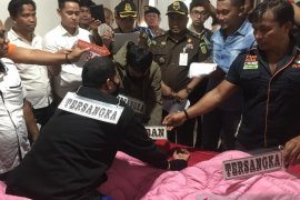 Hakim Jamaluddin diskenariokan meninggal karena serangan jantung