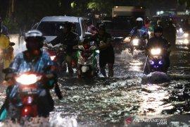 Setelah diterjang banjir, Surabaya siap hadapi puncak musim hujan (Video)