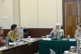 Gubernur Khofifah bertemu tiga menteri bahas percepatan pembangunan Jatim