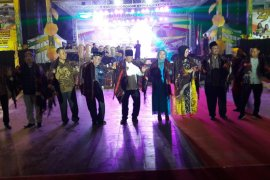 Ribuan warga Langkat nikmati kesenian Mandailing