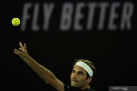 Roger Federer bidik Wimbledon usai menepi lantaran cedera