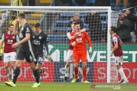 Liga Inggris, daya magis Rodgers memudar saat Leicester terjungkal di markas Burnley