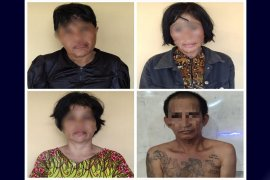 Polisi tangkap empat pelaku hipnotis di Masjid