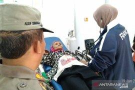 Nenek Ipah  selamat setelah hilang enam hari di hutan