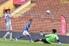 Persib menang lawan Hanoi FC, walau laga dihentikan karena cuaca buruk