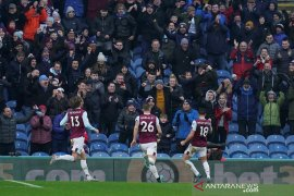 Burnley bekuk Leicester City 2-1, Vardy gagal penalti