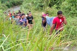 Seoarang remaja meninggal terpeleset dari tebing Ceuraceu Abdya