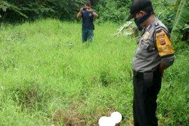 Jasad wanita tanpa busana di Cirebon diduga orang gila