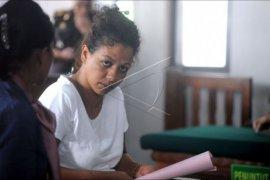 Sidang warga Mauritania kasus curi kartu kredit
