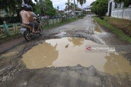 Pemkab Kapuas Hulu kejar target pembangunan infrastruktur daerah