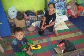 Pengungsi di Lebak berharap kembali miliki rumah