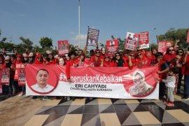 Ratusan warga desak Risma dukung Eri Cahyadi sebagai Cawali Surabaya