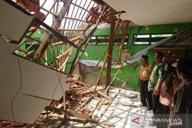 Polisi selidiki kasus ambruknya atap SDN 2 Samaran Sampang