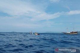 Penumpang kapal phinisi Labuan Bajo selamat termasuk wartawan