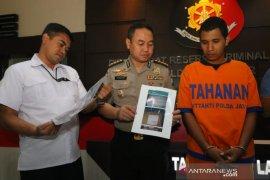 Tipu atasnamakan Presiden Jokowi, pria Probolinggo diamankan Polda Jatim (Video)