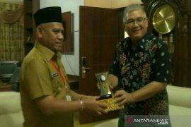 Wahid terima kunjungan Kabiro Antara Kalsel Nurul Aulia Badar
