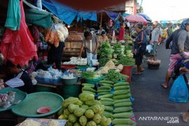 Harga sayuran pasokan luar daerah di Ambon naik