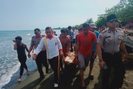 Pemuda hilang di Laut Banggai ditemukan mengapung tak bernyawa