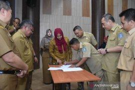 Pejabat Pemda Kubu Raya tandatangani pakta integritas pelaksanaan DPA