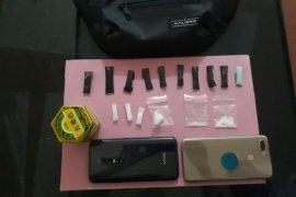Polisi tangkap dua warga pemilik sabu-sabu
