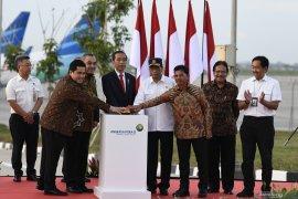 """Ringkasan berita kemarin, Jokowi resmikan """"runway"""" 3 Soetta hingga BI tahan suku bunga"""