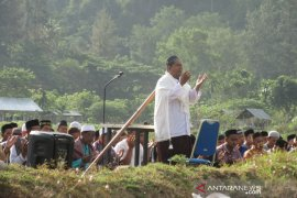 Ratusan warga Aceh Besar shalat minta hujan