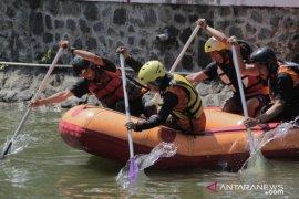 """Dimpa UMM kenalkan arung jeram lewat """"Boat Race Challenge"""""""