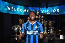Liga Italia - Victor Moses resmi bergabung ke Inter Milan dengan status pinjaman