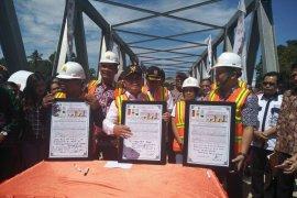 Gubernur  bangun jembatan di DAS Barito