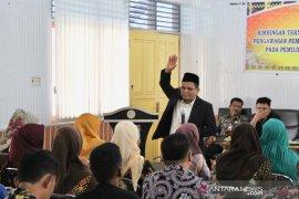 Bawaslu Riau ajak Panwascam jaga integitas pada Pilkada serentak 2020