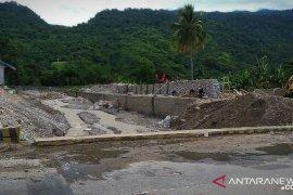 Warga Wondama diminta jaga kelestarian Pegunungan Wondiboi