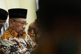 Wali Kota Ternate periode 2.000 - 2010 wafat