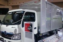 """Hino berhasil pimpin penjualan kendaraan """"medium duty truck"""" selama 20 tahun"""