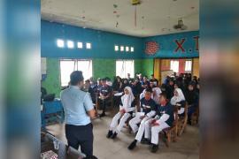 Kantor Imigrasi sosialisasi di SMKN 1 Sukadana Kayong Utara