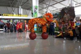 Jumlah penumpang melalui Bandara Juanda meningkat saat Imlek