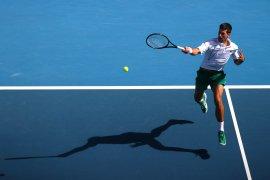 Djokovic tundukkan Raonic menuju semifinal