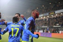 Liga Belanda, Feyenoord naik ke posisi tiga usai pecundangi Heracles 3-2