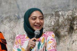 Chiki Fawzi merasa tertantang sebagai sukarelawan bencana