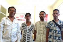 Empat oknum wartawan ngaku anggota KPK peras Kades